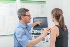 Ultraschalluntersuchung bei Kalkschulter